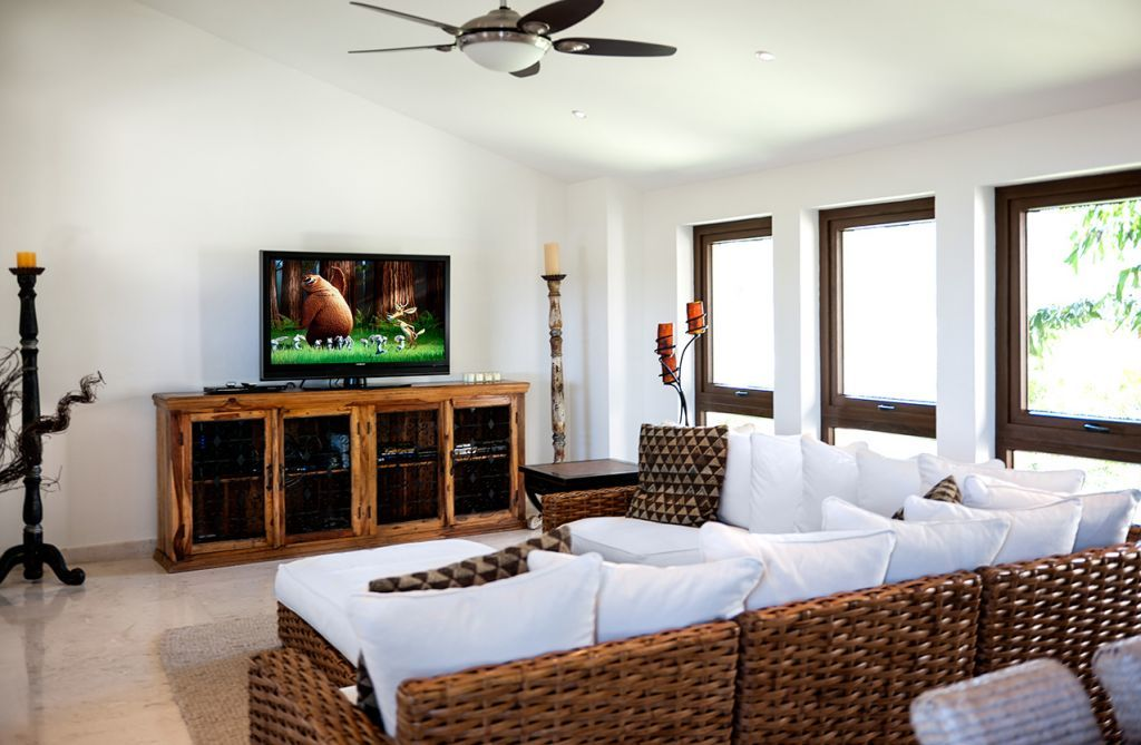 TV Room Chic Decor - Punta Mita Villa For Rent - Casa Joya Del Mar