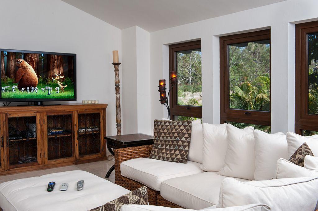 TV Room Flat Screen - Punta Mita Villa For Rent - Casa Joya Del Mar